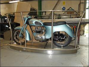 Classic Bike Stand - 2