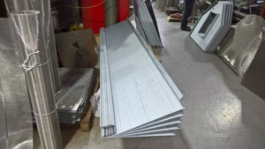 Trailer roof panels